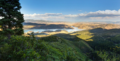 rare front row view of Jordanelle reservoir from this bald eagle home for sale