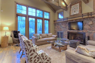 great room and fireplace in Colony home for sale